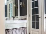 Proriznaya Master Bathroom #2